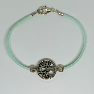 Jewelry - Tree of Life Leather And Silver plated Bracelet